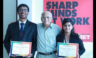Sharp Minds Lead