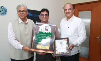 Prof. Dr. Sandeep Chopde honored with Maharashtra State Award