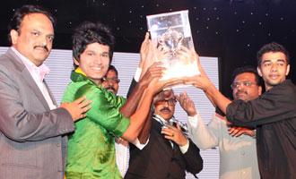 MET IOP Wins the MET Vikram Sports Trophy