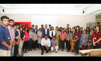 Budding Professionals Join Mass Media