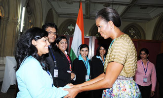 Michelle Obama felicitates METizens