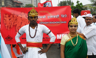MET Recreates Pandharpur Magic