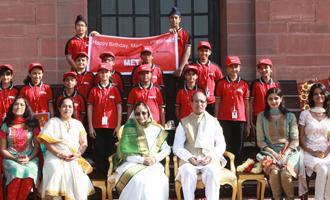 MET Rishikul Vidyalaya visits Rashtrapati Bhavan