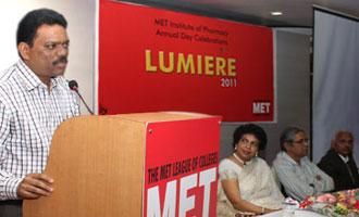 'Lumiere 2011' @ MET