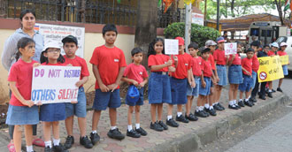 YOUNGEST SOCIAL ACTIVISTS RALLY AGAINST NOISE POLLUTION!