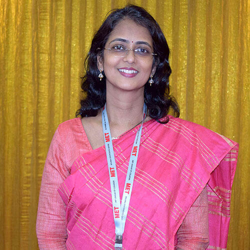 Dr. Vaishali Dixit