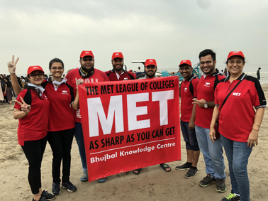 Societal Responsible Students Clean Up the Beach (Beach Clean Up drive)