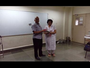 Dr.R.K Maheshwari